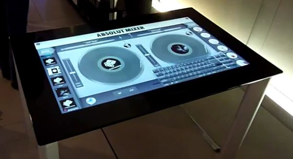 video samsungs 40 zoll touch table sur40 im hands on all about samsung. Black Bedroom Furniture Sets. Home Design Ideas