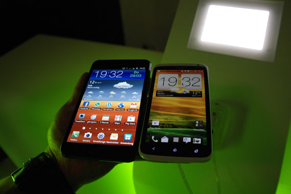 Note OneX 2 [Video] Samsung Galaxy Note vs. HTC One X Vergleich