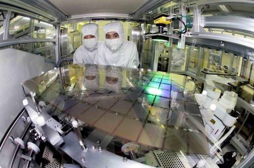 AMOLED-production-at-Samsung