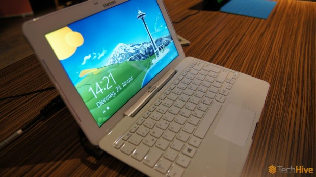 ativ smart pc weiss 2 th 620x347 Hands On Bilder des Samsung ATIV SmartPC in weiß