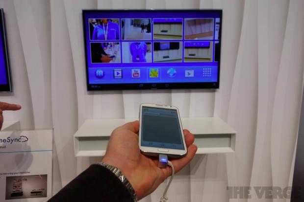 Samsung_HomeSync_Handson-verge