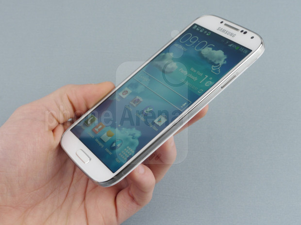 Samsung-Galaxy-S4-Review-02