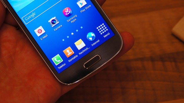 Samsung Galaxy s4 mini unboxing 7 620x347 Samsung Galaxy S4 mini Review: Kleiner Bruder mit der DNA des Galaxy S4?