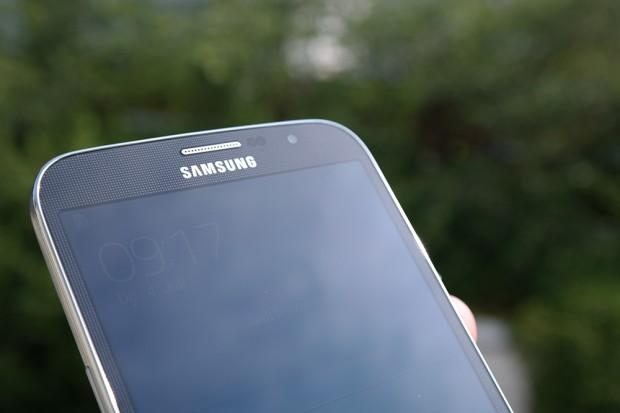 Samsung-galaxy-mega-unboxing-10