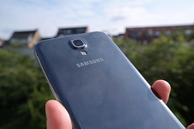 Samsung-galaxy-mega-unboxing-6