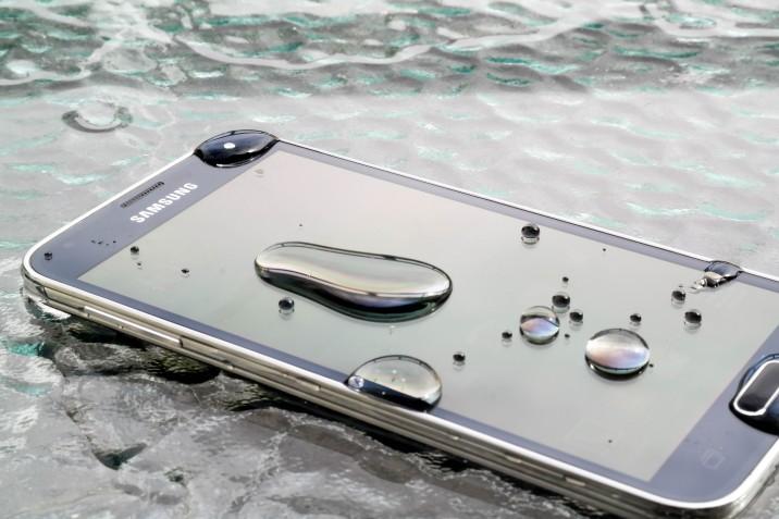 Samsung Galaxy S5 Wasser