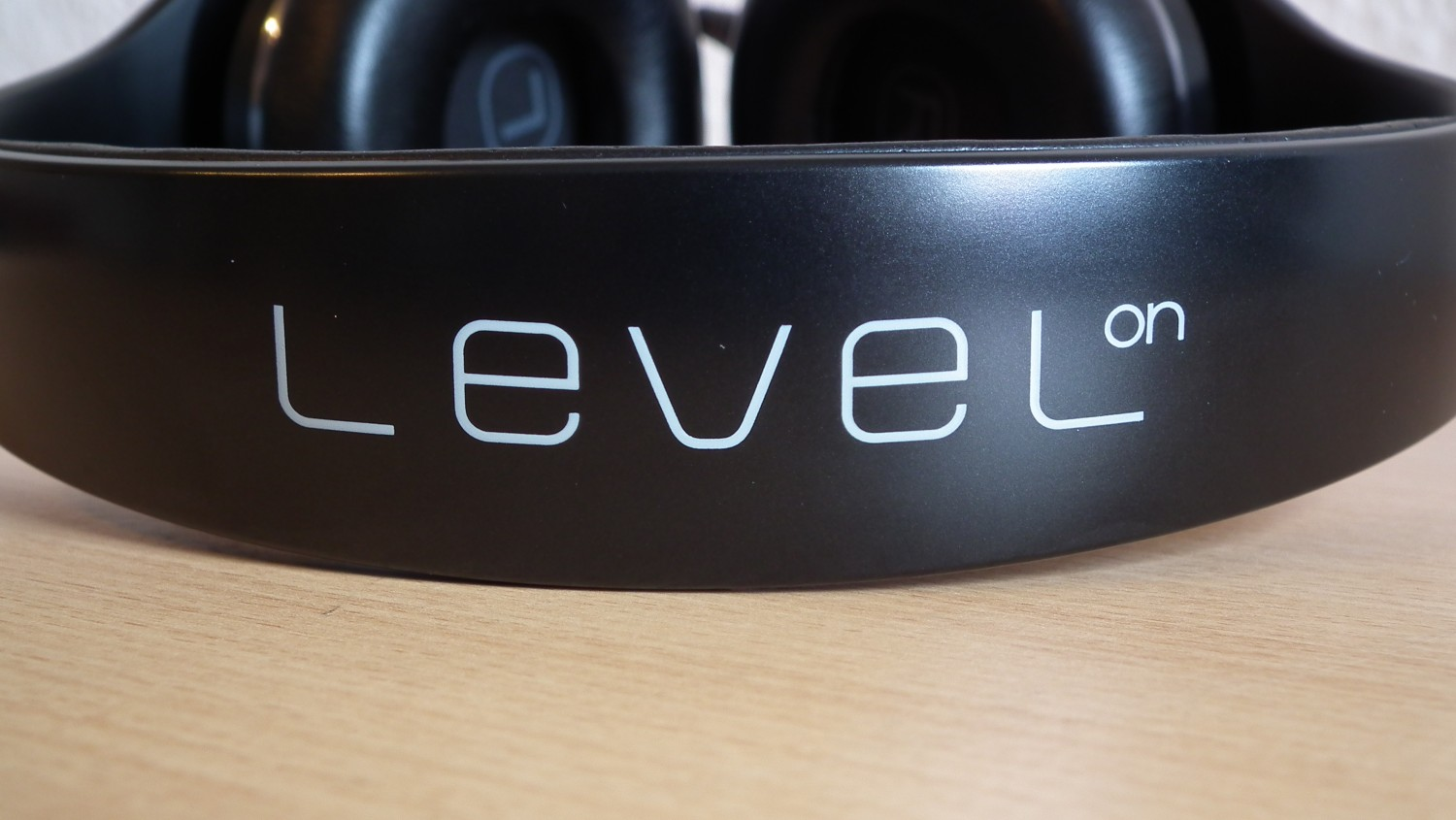 Samsung-Level-On3
