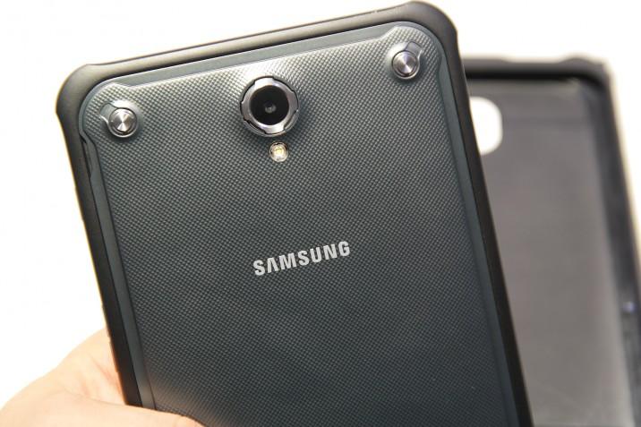 Samsung_Galaxy_Tab_Active_IFA-2014-5