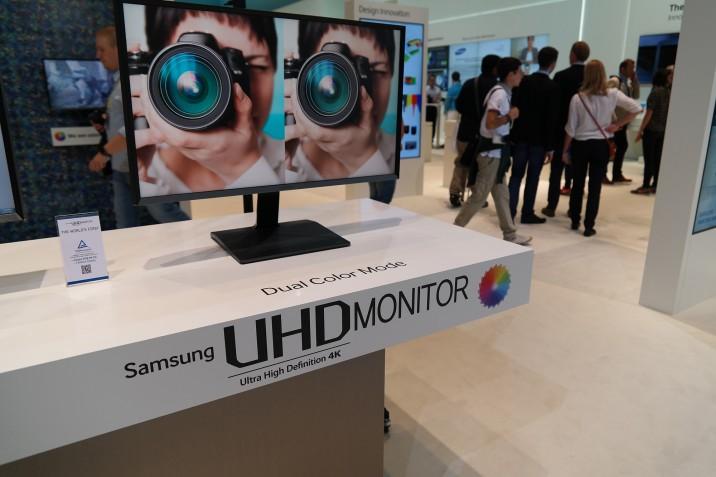 Samsung_UD970_IFA2014_7