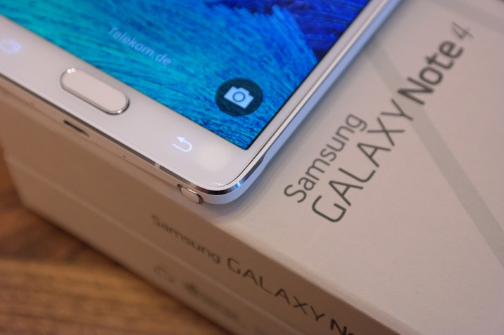 Samsung_Galaxy-Note4_Unboxing_5