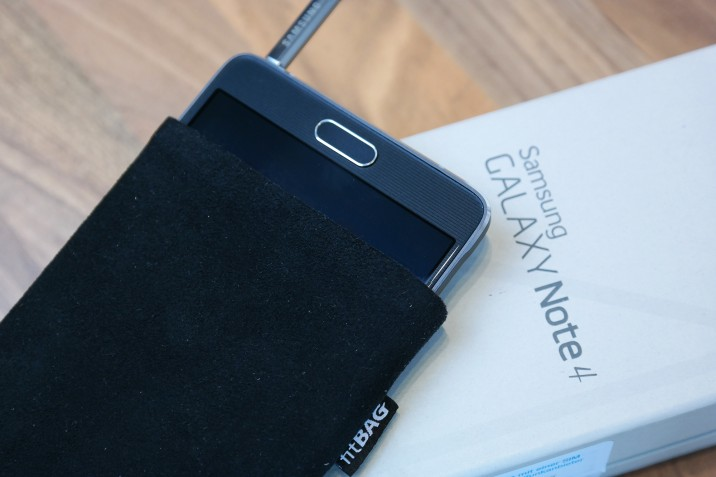 Samsung_Galaxy_Note4_FitBAG-1