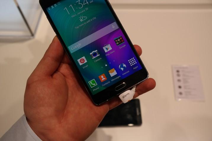 Samsung_Galaxy_A7_Handson_2