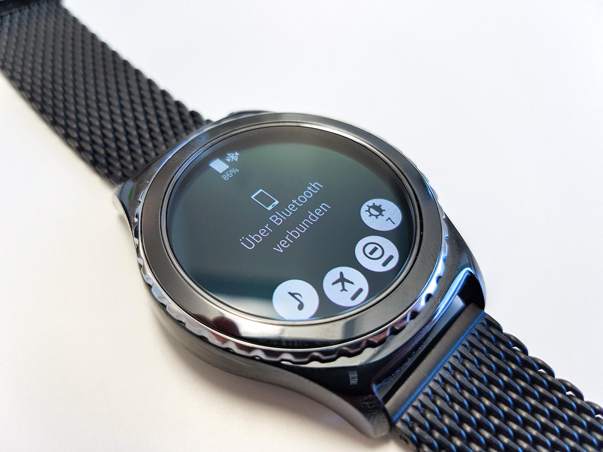 Samsung Gear S2 Classic: Umfangreiches Update bringt ...