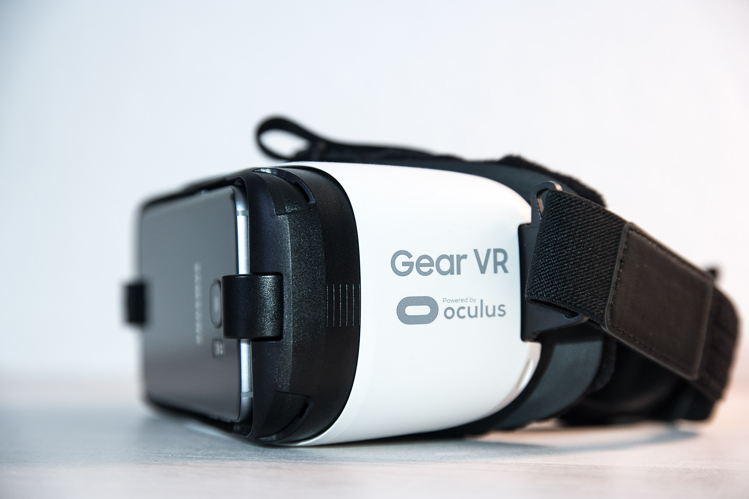 Samsung Gear Vr Brille Preis : Video: samsung gearvr mit dem galaxy s7 edge ausprobiert all about