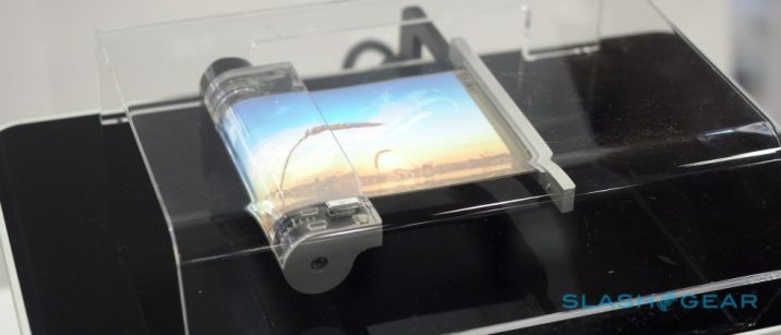samsung-rollable-display-slashgear_1