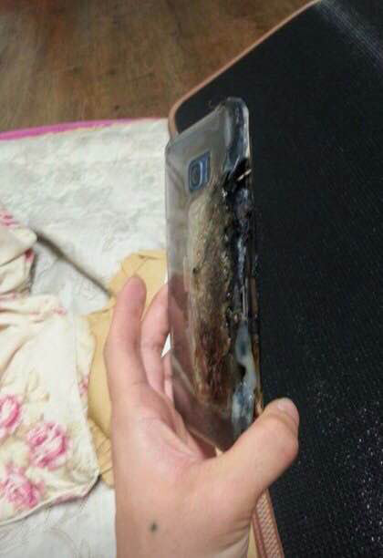 Note7explodes_4
