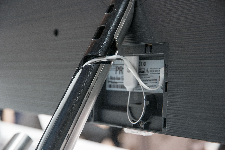 samsung qled tvs q7f und q8c und die neue premium smart remote im detail all about samsung. Black Bedroom Furniture Sets. Home Design Ideas