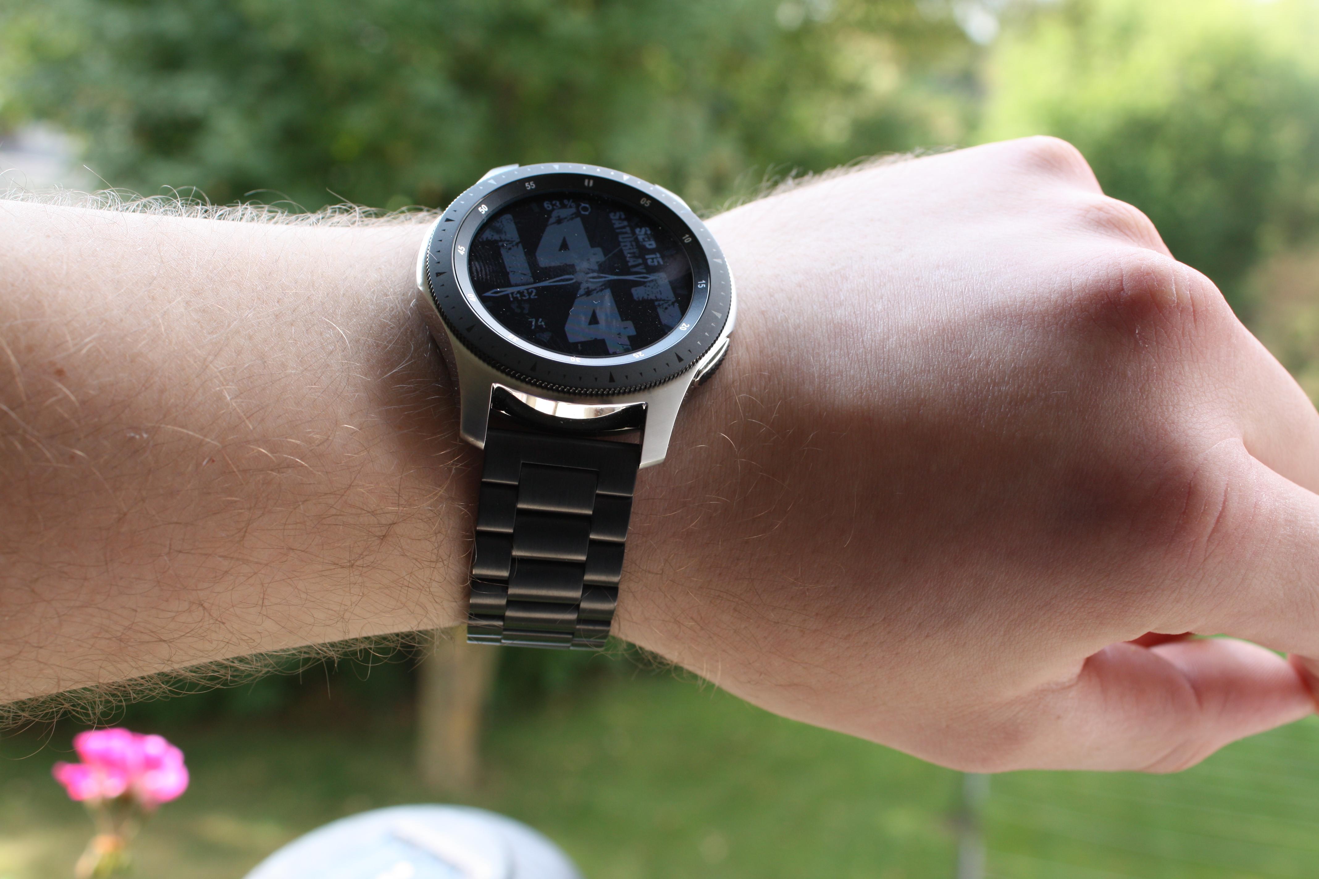 Watch UpdateSamsung Galaxy Ausprobiert Armbändern Anderen Mit sQxthrCd